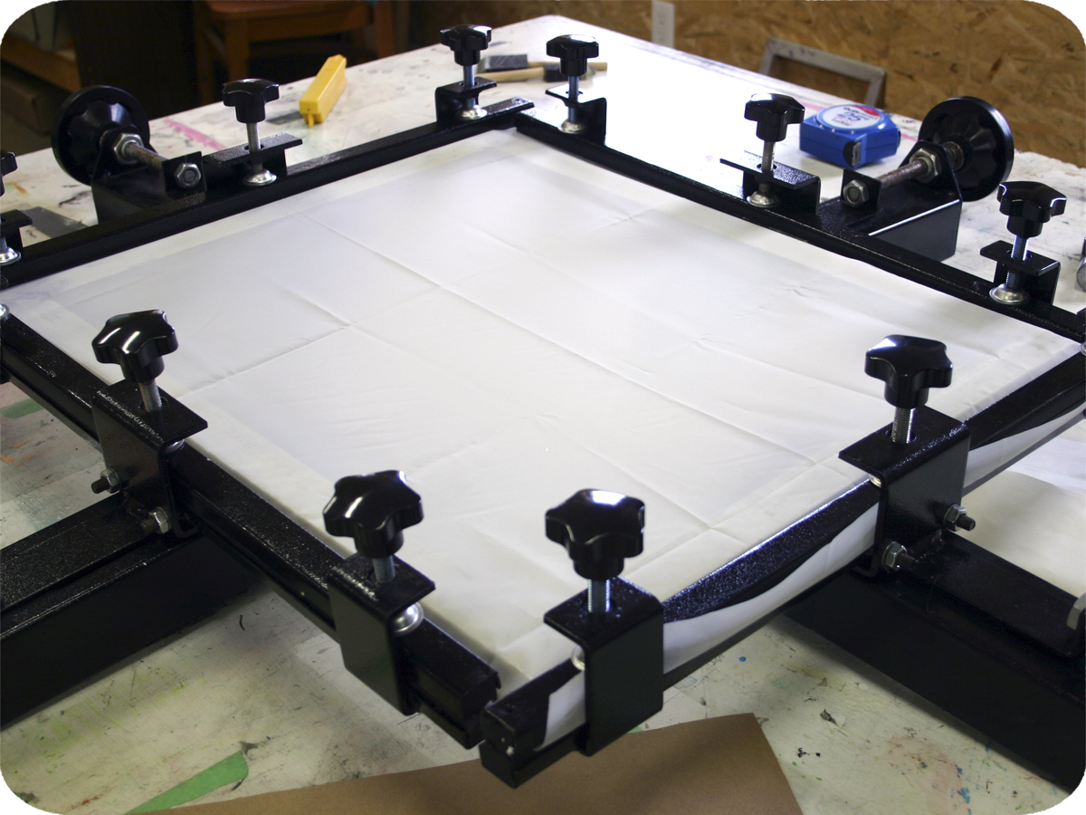 PRINT SHOP HOW-TO: RE-STRETCH YOUR SILKSCREEN FRAME | Spark Box Studio